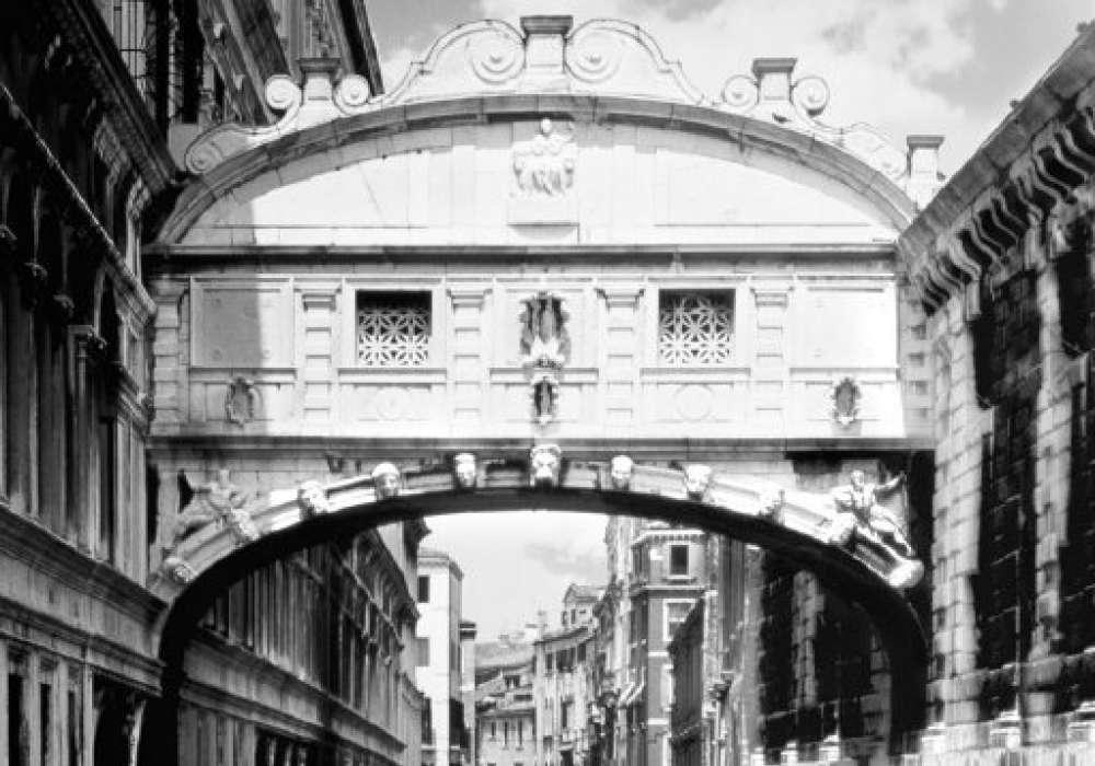 BRIDGE OF SIGHS - P219