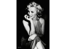 Marilyn Monroe (Sitting) - P129