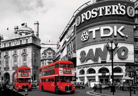 Piccadilly Circus (London Red Buses)
